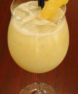 https://cocktailsandshots.com/wp-content/uploads/2018/06/Amigos_Piña_Colada_cocktail_recipe-250x300.jpg
