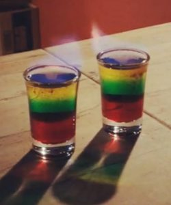 https://cocktailsandshots.com/wp-content/uploads/2018/06/Flaming_bob_marley_shot-250x300.jpg
