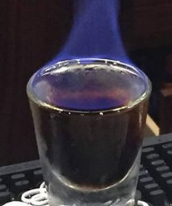 https://cocktailsandshots.com/wp-content/uploads/2018/06/Flaming_giraffe_shot-250x300.jpg