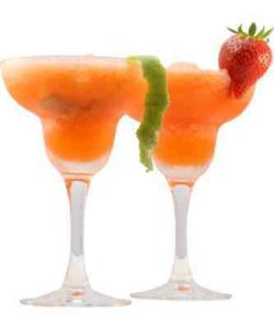 https://cocktailsandshots.com/wp-content/uploads/2018/06/Frozen_Strawberry_Daiquiri-250x300.jpg