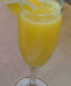 https://cocktailsandshots.com/wp-content/uploads/2018/06/Mimosa_Lite_Cocktail-250x300.jpg