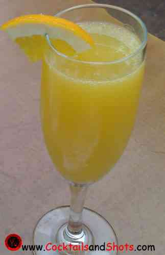 https://cocktailsandshots.com/wp-content/uploads/2018/06/Mimosa_Lite_Cocktail.jpg