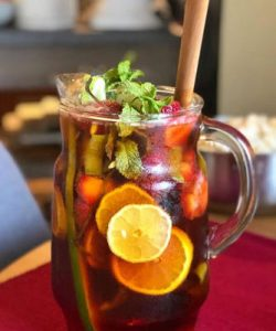 https://cocktailsandshots.com/wp-content/uploads/2018/06/Pimms-punch-cocktail-recipe-250x300.jpg