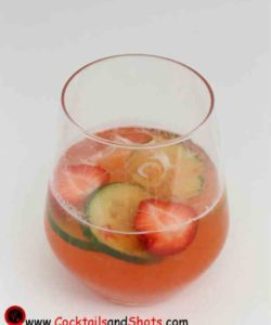 https://cocktailsandshots.com/wp-content/uploads/2018/06/Strawberry_Cucumber_Capirinha_Cocktail-250x300.jpg
