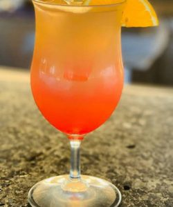 https://cocktailsandshots.com/wp-content/uploads/2018/06/Tequila_sunrise_cocktail_recipe-250x300.jpg