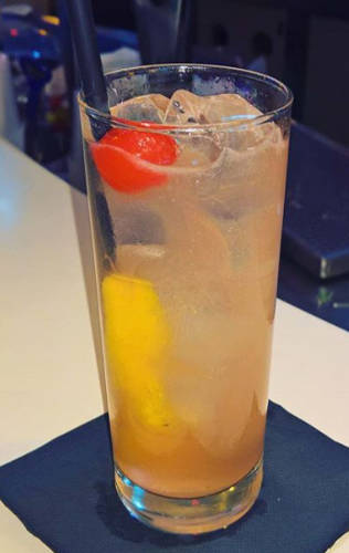 https://cocktailsandshots.com/wp-content/uploads/2018/06/Vodka-sling-recipe-vodka-lemon-juice-sugar-water.jpg