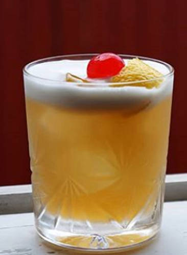 https://cocktailsandshots.com/wp-content/uploads/2018/06/amaretto_sour_cocktail_recipe.jpg
