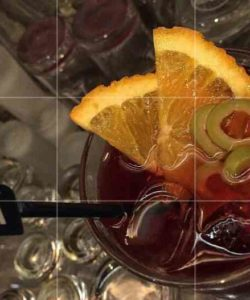 https://cocktailsandshots.com/wp-content/uploads/2018/06/claret-punch-recipe-250x300.jpg
