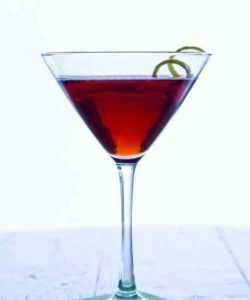 https://cocktailsandshots.com/wp-content/uploads/2018/06/cognac_cassis_cocktail_recipe-250x300.jpg
