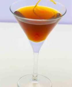 https://cocktailsandshots.com/wp-content/uploads/2018/06/dolores_cocktail_recipe_rum_dubonnet_sherry-250x300.jpg