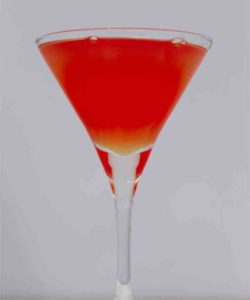 https://cocktailsandshots.com/wp-content/uploads/2018/06/dubonnet_rouge_cocktail_recipe_with_apple_liqueur-250x300.jpg