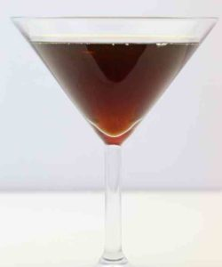 https://cocktailsandshots.com/wp-content/uploads/2018/06/ground_zero_cocktail_recipe_made_with_bourbon_peppermint_schnapps_kahlua_and_vodka-250x300.jpg