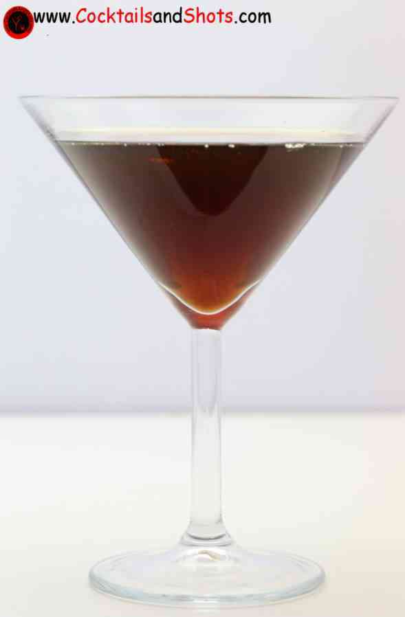 https://cocktailsandshots.com/wp-content/uploads/2018/06/ground_zero_cocktail_recipe_made_with_bourbon_peppermint_schnapps_kahlua_and_vodka.jpg