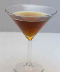 https://cocktailsandshots.com/wp-content/uploads/2018/06/how_to_make_the_tarantula_cocktail_recipe_with_whiskey_sweet_vermouth_benedictine-250x300.jpg