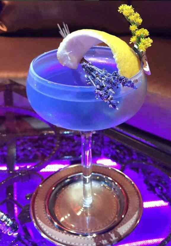 https://cocktailsandshots.com/wp-content/uploads/2018/06/how_to_make_the_world_peace_cocktail_recipe.jpg