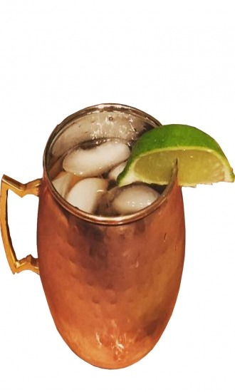 https://cocktailsandshots.com/wp-content/uploads/2018/06/moscow_mule_cocktail_recipe_made_with_vodka_lime_juice_ginger_beer_0.jpg