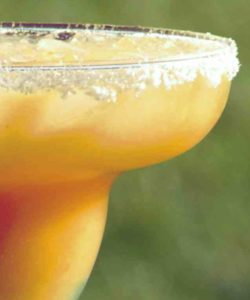 https://cocktailsandshots.com/wp-content/uploads/2018/06/peach_margarita_recipe-250x300.jpg