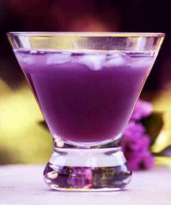 https://cocktailsandshots.com/wp-content/uploads/2018/06/purple_rain_cocktail_recipe_dedicated_to_prince-250x300.jpg