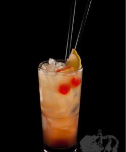 https://cocktailsandshots.com/wp-content/uploads/2018/06/singapore_sling_cocktail_recipe_gin_maraschino_benedictine_lemon_juice_grenadine_pineapple_juice_soda-250x300.jpg