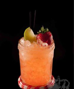 https://cocktailsandshots.com/wp-content/uploads/2018/06/strawberry_daiquiri_cocktail_recipe_white_rum_lime_juice_fraise_de_bois_grenadine_cranberry_juice-250x300.jpg