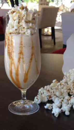 https://cocktailsandshots.com/wp-content/uploads/2018/06/the-best-popcorn-coffee-cocktail-recipe.jpg