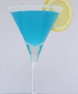 https://cocktailsandshots.com/wp-content/uploads/2018/07/the_blue_bobbin_margarita_cocktail_recipe-250x300.jpg