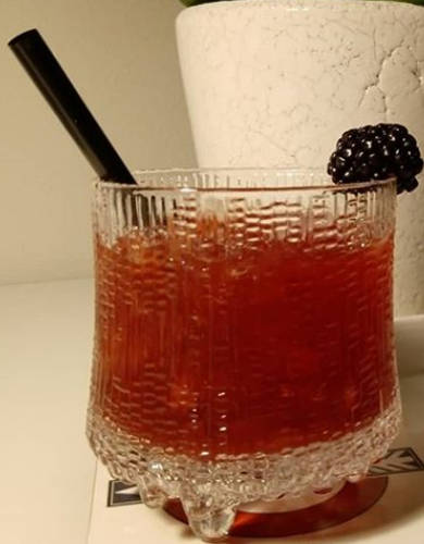 https://cocktailsandshots.com/wp-content/uploads/2018/09/Blimey-cocktail-recipe.jpg