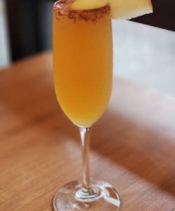 https://cocktailsandshots.com/wp-content/uploads/2018/12/Apple-cider-mimose-cocktail-recipe-with-champagne-apple-cider-250x300.jpg