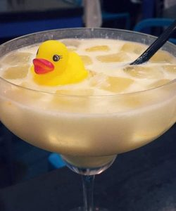 https://cocktailsandshots.com/wp-content/uploads/2019/07/Fluffy_duck_cocktail_recipe-250x300.jpg