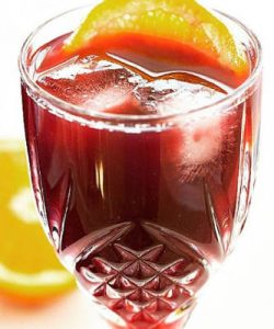 https://cocktailsandshots.com/wp-content/uploads/2019/08/Bishop_cocktail_recipe-250x300.jpg