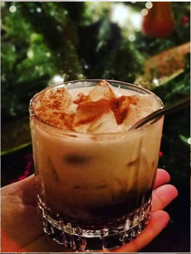 https://cocktailsandshots.com/wp-content/uploads/2019/12/Toasted-almond-cocktail.jpg